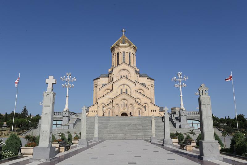 第比利斯三圣教堂,格鲁吉亚最大和世界第三大东正教教堂。摄影:赵冰