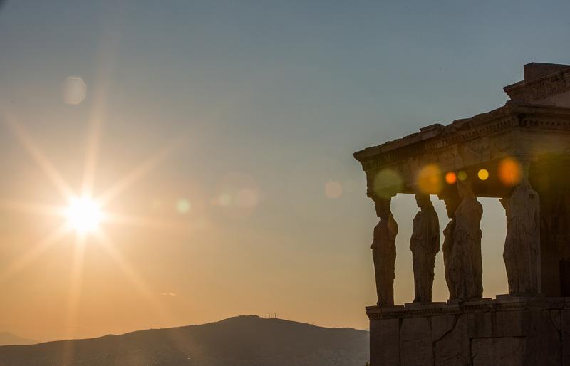 夕阳下的帕特农神庙。摄影:孟菁