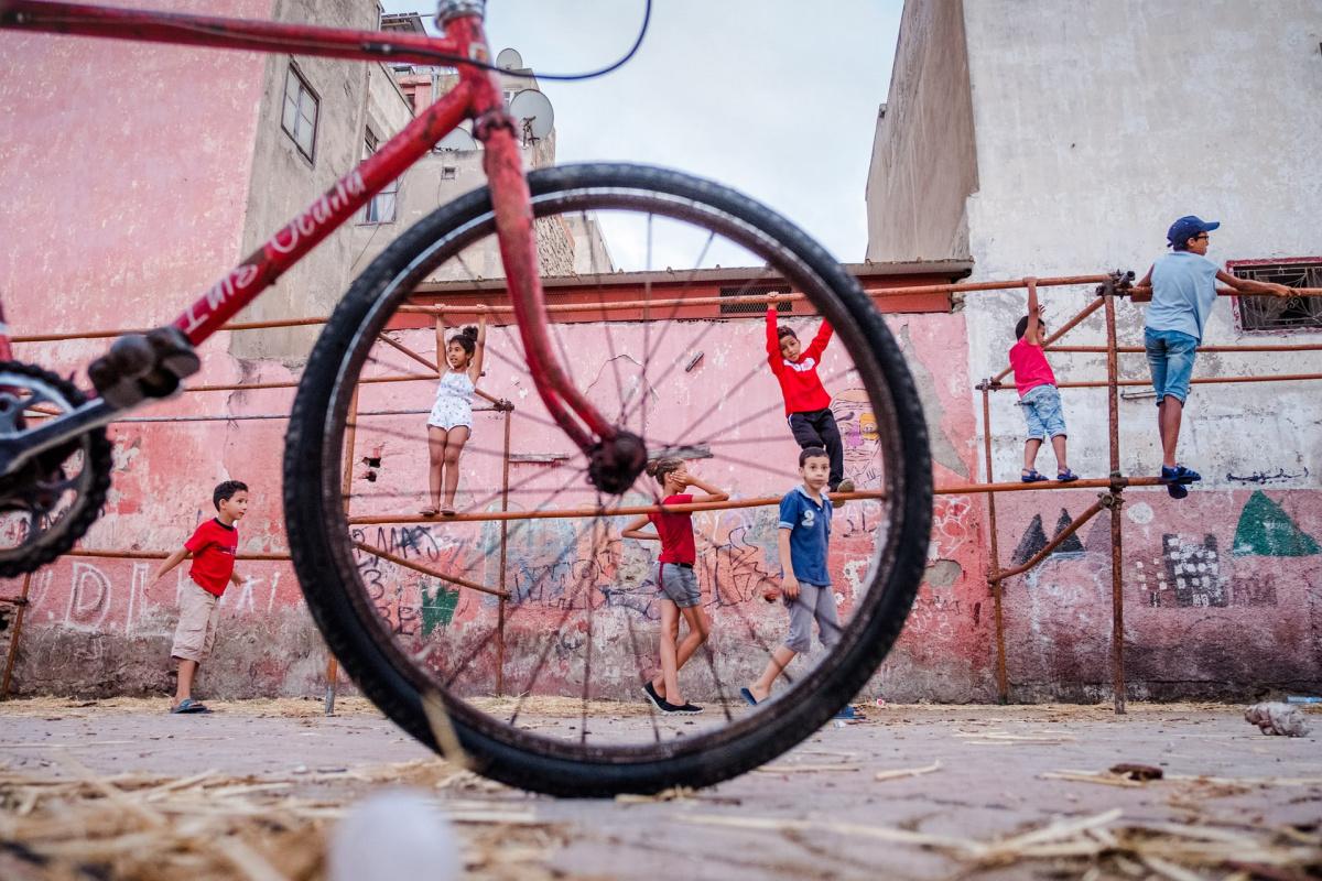 从街舞少年变成街头摄影师?他的照片真的可以!
