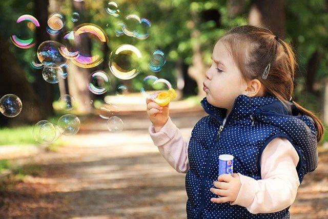 拍娃党必备!最出好片的儿童摄影 10 大姿势