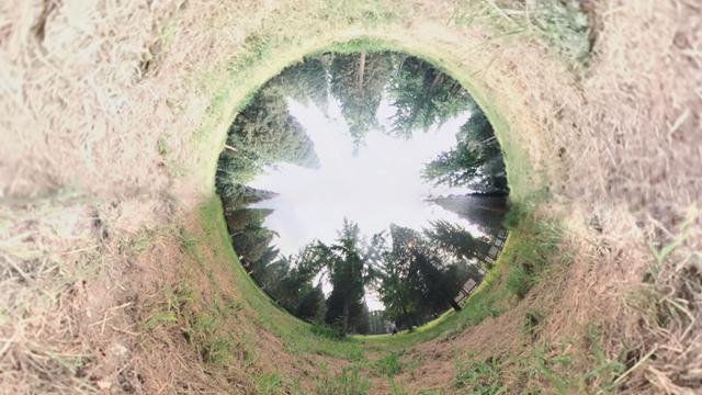 """思锐 360 手机镜头,一套能拍出 """"360 全景""""""""小行星"""" 和 """"时空隧道"""" 效果的手机镜头"""