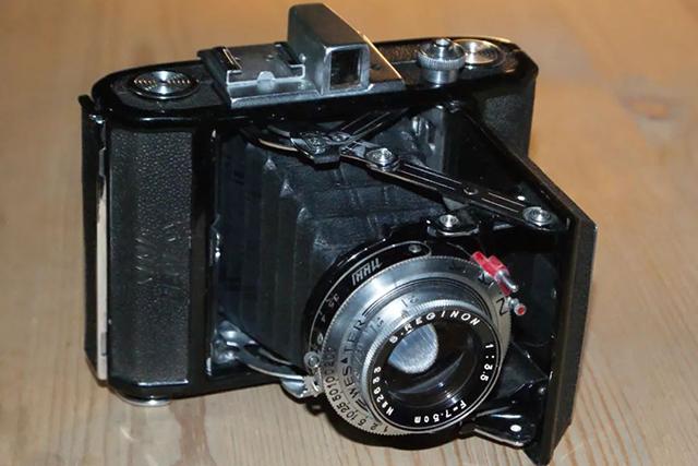 【经典相机】SEMI LEOTAX:战后日本相机复苏期的典型产品