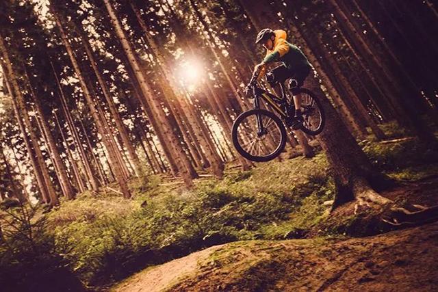 拍摄山地自行车比赛,这 3 个问题一定要注意