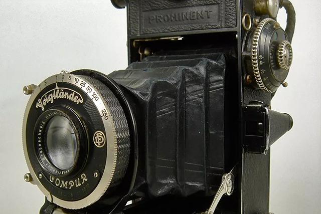 【经典相机】标新立异的典范—— 福伦达至尊 69 折叠相机