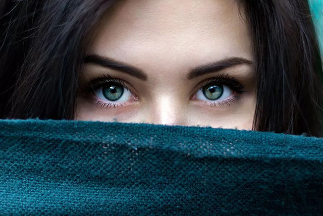 自然光人像进阶技法:创造眼神光