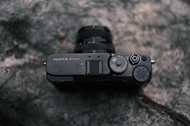 富士胶片发布全新无反数码相机 FUJIFILM X-Pro3