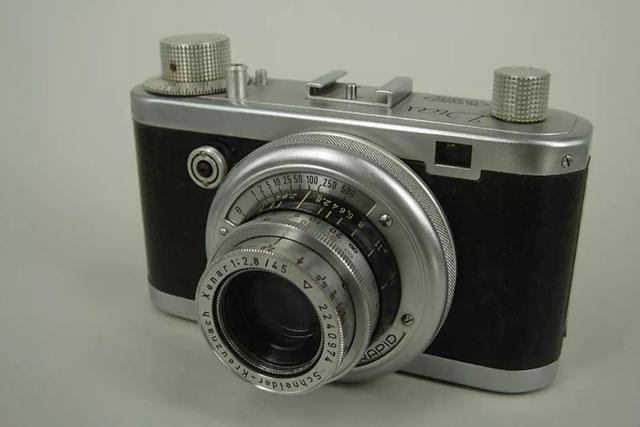 【經典相機】古典相機中的小家碧玉——Diax