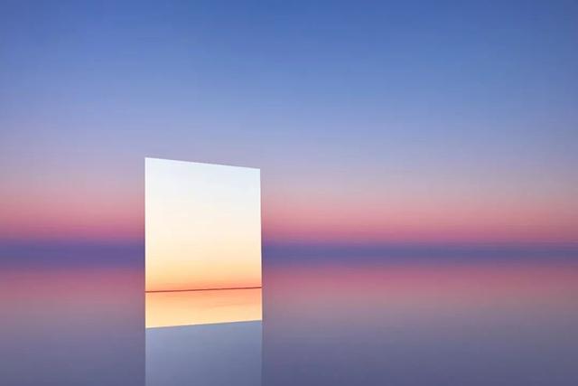 """他带着自己的 """"天空之镜"""",拍下了极致的自然美!"""