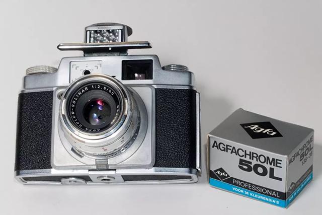 【经典相机】穷人的徕卡– 德国爱克发阿姆比史莱特旁轴相机