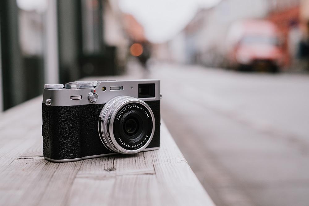 富士胶片发布 X100V 数码相机