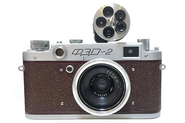 【经典相机】简单纯粹的时代经典:从使用角度谈苏联 Fed 2 旁轴相机