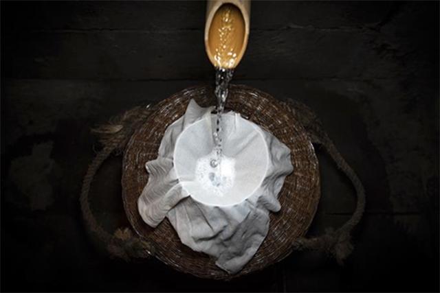 """坚持品质创新,泸州老窖让中国白酒 """"质量看得见"""""""