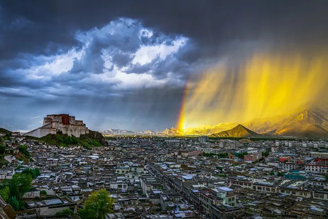严磊:从自然气象到社会气象