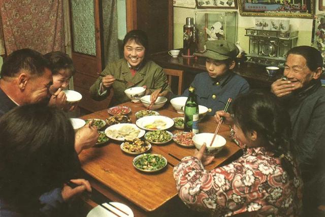 中国老房子里喜怒哀乐,都藏在这些照片中