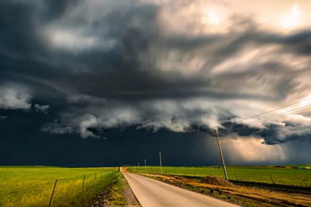 最爱坏天气,奔赴一场惊喜与意外交织的冒险